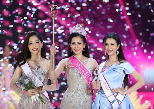 Top 3 Hoa hậu Việt Nam 2018: Phương Nga, Tiểu Vy, Thuý An (từ trái qua).