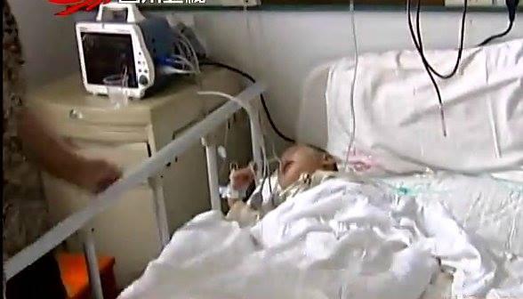 Cậu bé 2 tuổi rưỡi ở Trung Quốc được chuẩn đoán mang thai