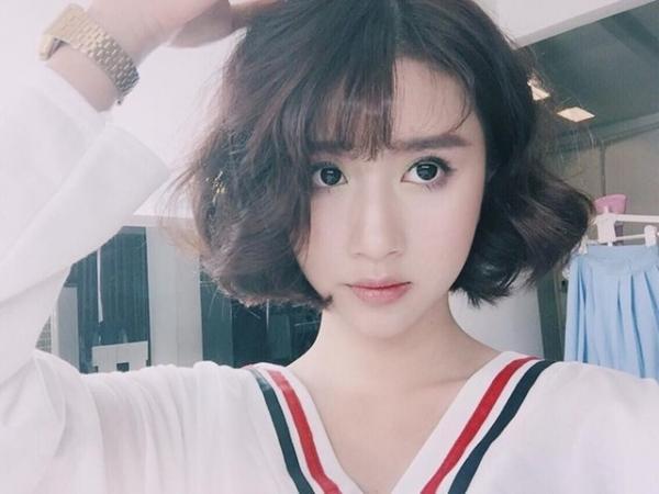 Quỳnh Anh Shyn cô hotgirl trẻ văn võ song toàn