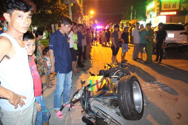 Theo các nhân chứng, khoảng 5-6 người bị thương, trong đó 2 trường hợp trọng thương.