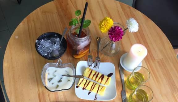 Bánh ngọt của quán cũng được đánh giá cao, khá mềm và thơm (Nguồn: Foody.vn)
