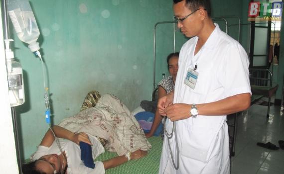Bệnh nhân sốt xuất huyết điều trị tại Bệnh viện Đa khoa huyện Thái Thụy.