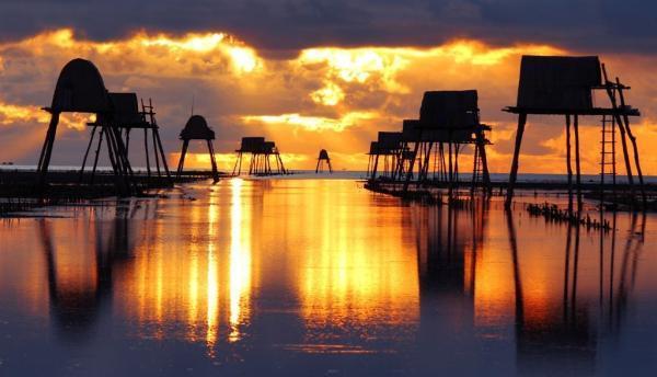 Nét duyên trong khung cảnh vùng biển Đồng Châu (Ảnh: gowdee.vn)