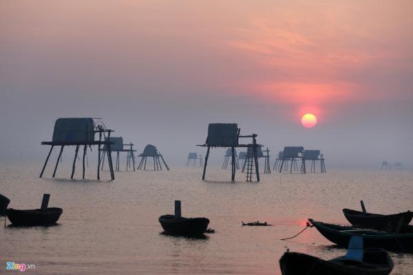 Khung cảnh bình yên nơi bãi biển Đồng Châu (Ảnh: zing.vn)