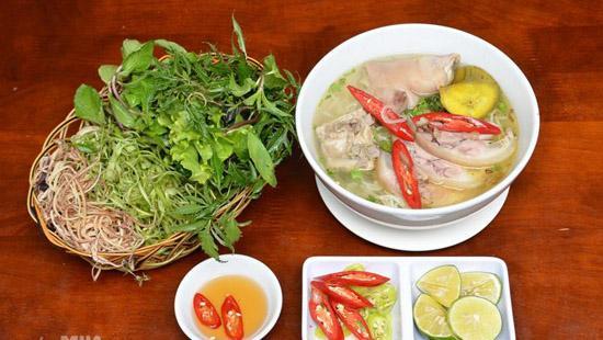 Bún bung hoa chuối - Một món ngon được nhiều người ưa chuộng. (Nguồn: toinayangi.vn)