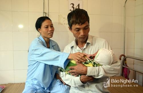 Sau khi được cứu chữa kịp thời, sản phụ Phạm Thị Soa đã bình phục sức khỏe,
