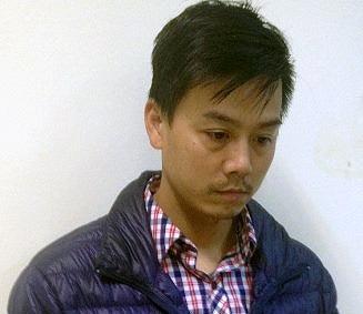 Cao Mạnh Hùng tại cơ quan điều tra - Ảnh: Công an cung cấp