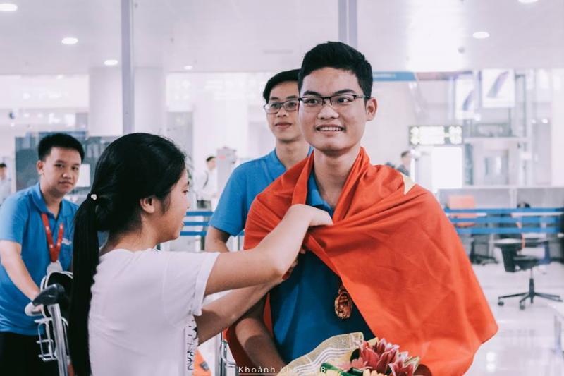 Vũ Xuân Trung – một CTB-er đạt 2 huy chương Vàng liên tiếp tại IMO. (Ảnh: FB Khoảnh khắc CTB)
