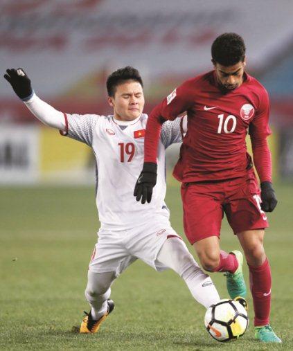 Quang Hải, người đã khiến số 10, Akram Afif không thể làm người hùng, dù ghi bàn mở tỷ số cho Qatar