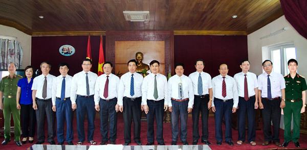 Ban Thường vụ Huyện ủy Tiền Hải nhiệm kỳ 2015-2020.