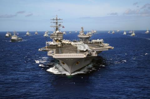 Một cụm tàu sân bay của Mỹ diễn tập phối hợp với tàu chiến Hàn Quốc
