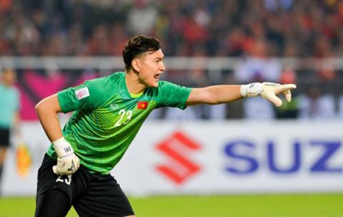 Một trận đấu xuất sắc của thủ môn Văn Lâm