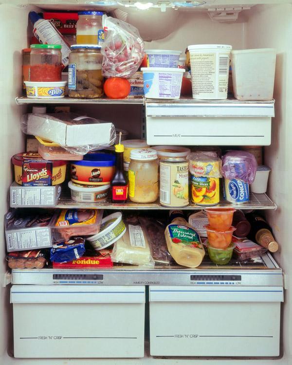 Xếp đồ ăn kín hết tủ vừa tốn điện vừa khiến hiệu quả làm lạnh của tủ không đạt mức tối ưu. (Ảnh minh họa)