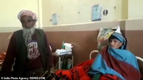 Ông Hakim Din và vợ, người vừa sinh con theo cách tự nhiên ở tuổi 65. Ảnh: SWNS