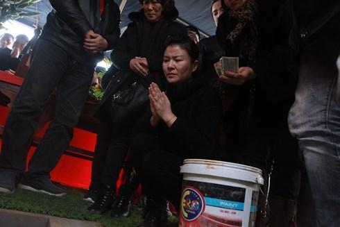 Nghệ sĩ Kim Oanh bùi ngùi tiễn đưa người anh, người đồng nghiệp