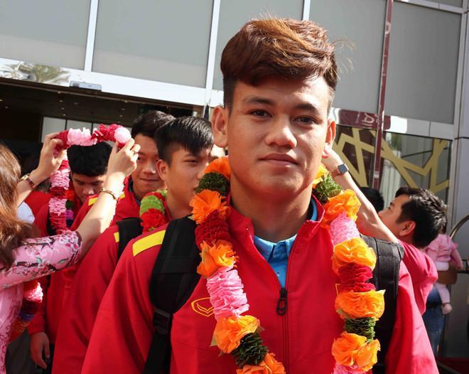 Tân binh Hồ Tấn Tài với mái tóc lãng tử. Anh vừa được HLV Park Hang-seo triệu tập để làm phương án thay thế cho tiền vệ Trọng Hoàng.