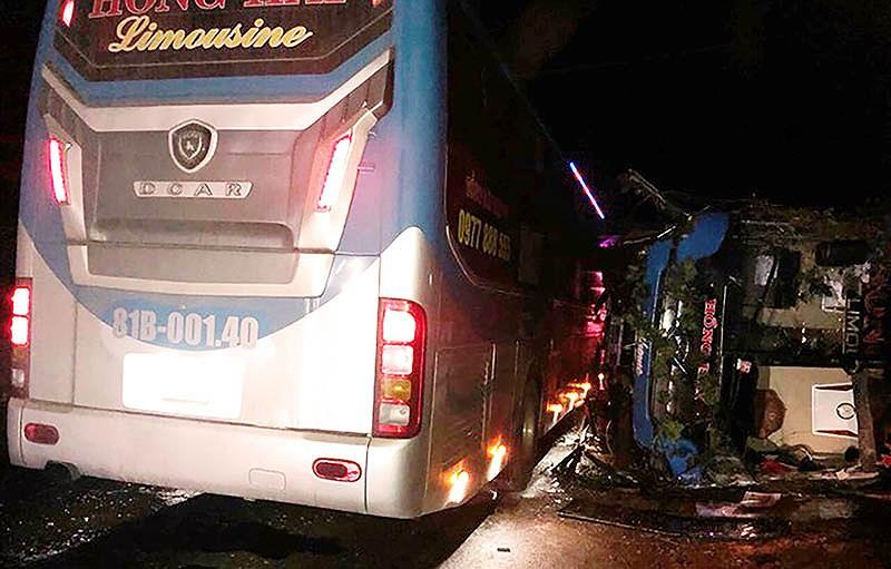 Hai xe khách biển số tỉnh Gia Lai bị nạn. Ảnh: CTV