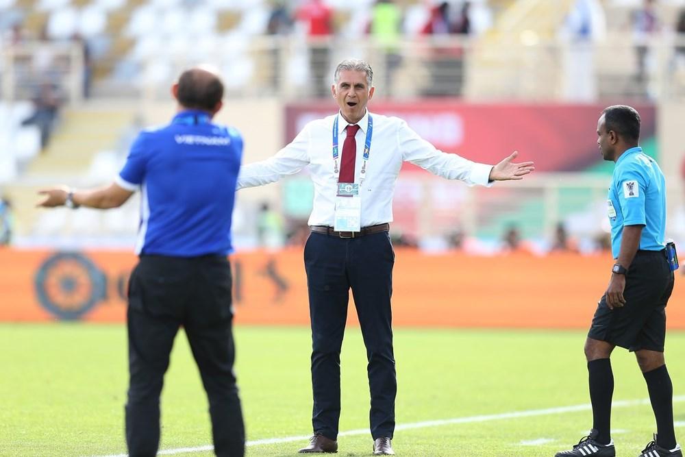 Các cầu thủ Iran gặp khá nhiều khó khăn khi phải phạm lỗi tới 13 lần, trong khi Việt Nam có 8 lần phạm lỗi. Số thẻ vàng của hai đội đều là 2 tấm. Ảnh: AFC