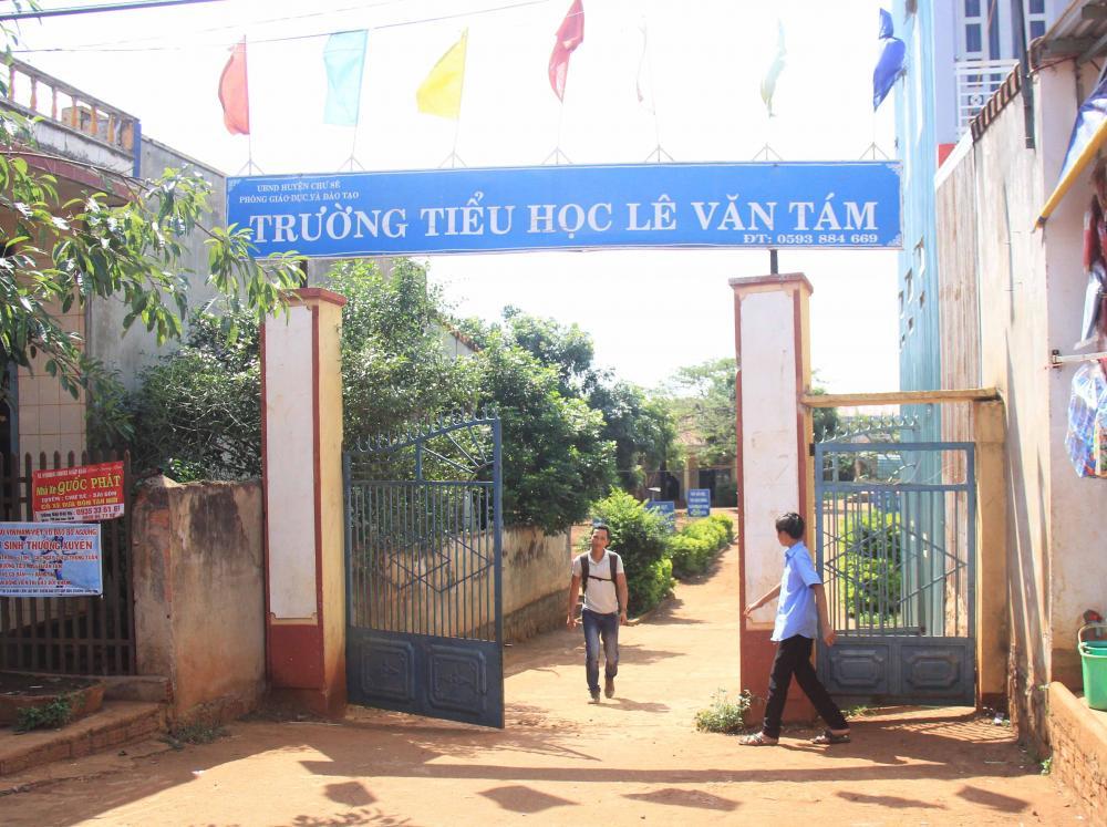 Trường Tiểu học Lê Văn Tám-nơi xảy ra sai phạm. Ảnh: Hoành Sơn