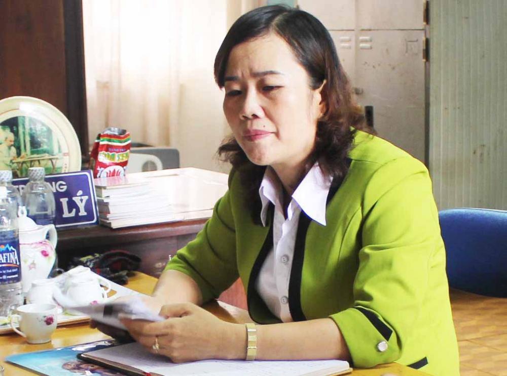 Bà Lưu Thị Lý-nguyên Hiệu trưởng Trường Tiểu học Lê Văn Tám. Ảnh: Hoành Sơn