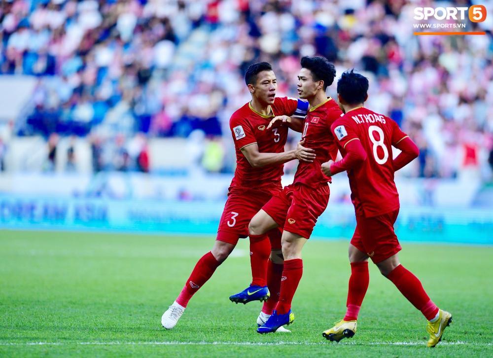 Đây là pha ghi bàn thứ 2 của Công Phượng tại Asian Cup 2019. Ảnh: Hiếu Lương
