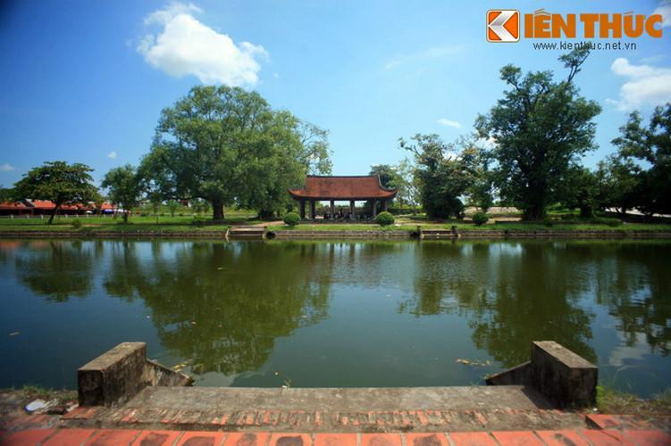 Năm 1611, nước sông Hồng lên to làm ngập làng Giao Thủy. Một bộ phận dân cư dời đi nơi khác, lập thành làng Hành Thiện, xây dựng nên ngôi chùa Keo mới gọi là chùa Keo Dưới (Keo Hạ) hay chùa Keo Hành Thiện. Một bộ phận dân cư lập làng Dũng Nhuệ trên đất Thái Bình và cũng dựng lên một ngôi chùa, gọi là chùa Keo Trên (Keo Thượng), hay chùa Keo Thái Bình.
