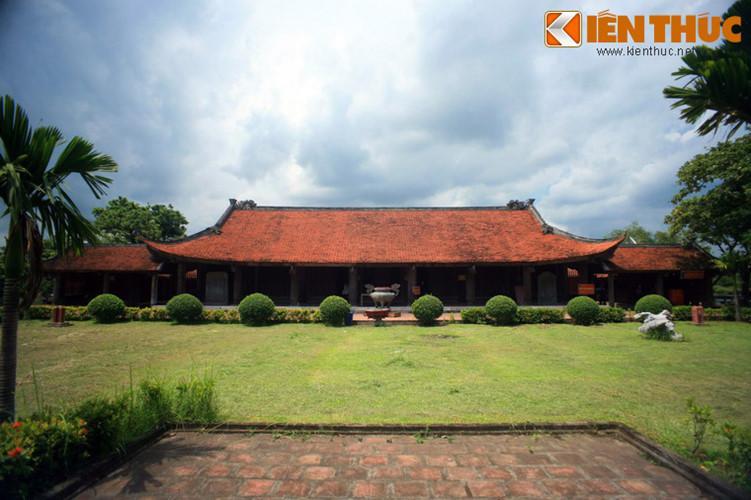 Hiện nay toàn bộ kiến trúc chùa còn lại 17 công trình gồm 128 gian xây dựng theo kiểu