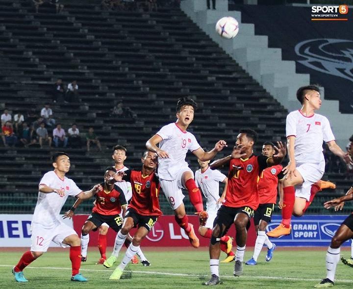 U22 Việt Nam (áo trắng) đã có trận thắng thuyết phục trước U22 Timor Leste - Ảnh: Sport5