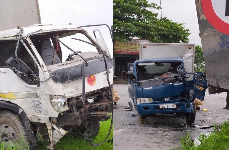 Tại hiện trường phần đầu cả 2 chiếc xe tải đều bị hư hỏng nặng.