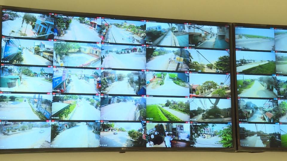 Hệ thống được giám sát trên điện thoại thông minh.Ảnh cắt từ video.