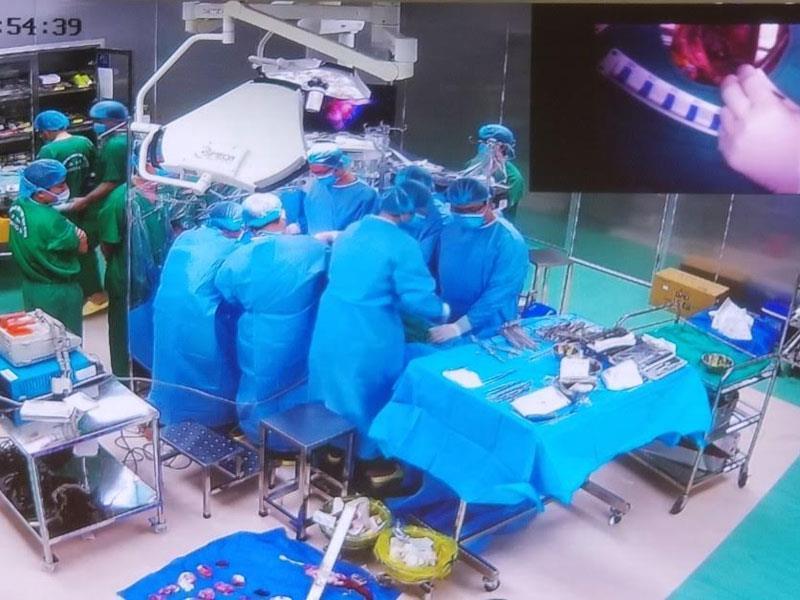 Hình ảnh ca chuyển giao phẫu thuật mổ tim đầu tiên tại bệnh viện đa khoa tỉnh Thái Bình.