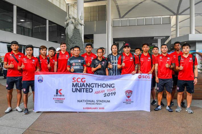 Hiện tại Đặng Văn Lâm đang cùng Muangthong United bắt đầu hành trình ASEAN Tour chuẩn bị trước mùa giải mới 2019. Ảnh: Muangthong United FC.
