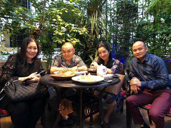 Xuân Hinh là một trong những nghệ sĩ nổi tiếng về tài năng nghệ thuật cũng như kín tiếng về đời tư hàng đầu làng giải trí Việt. Do đó mà thông tin về nhà ở của anh luôn trở thành đề tài thu hút sự quan tâm của người hâm mộ.