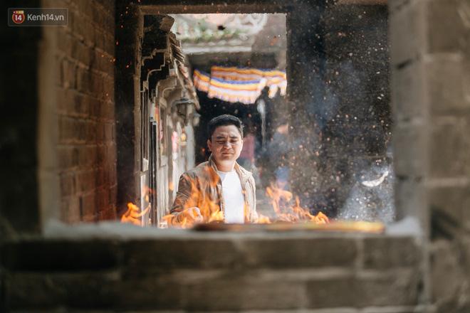 Không chỉ là nơi cầu duyên, người dân tới chùa Hà còn để cầu bình an, sức khoẻ và may mắn.