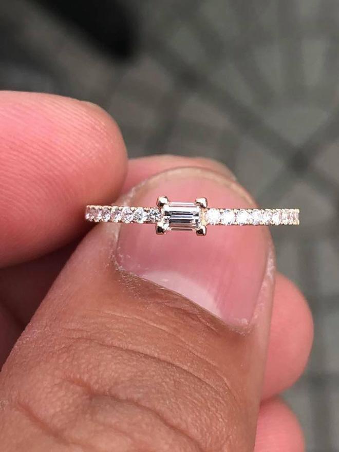 Cận cảnh chiếc nhẫn bị