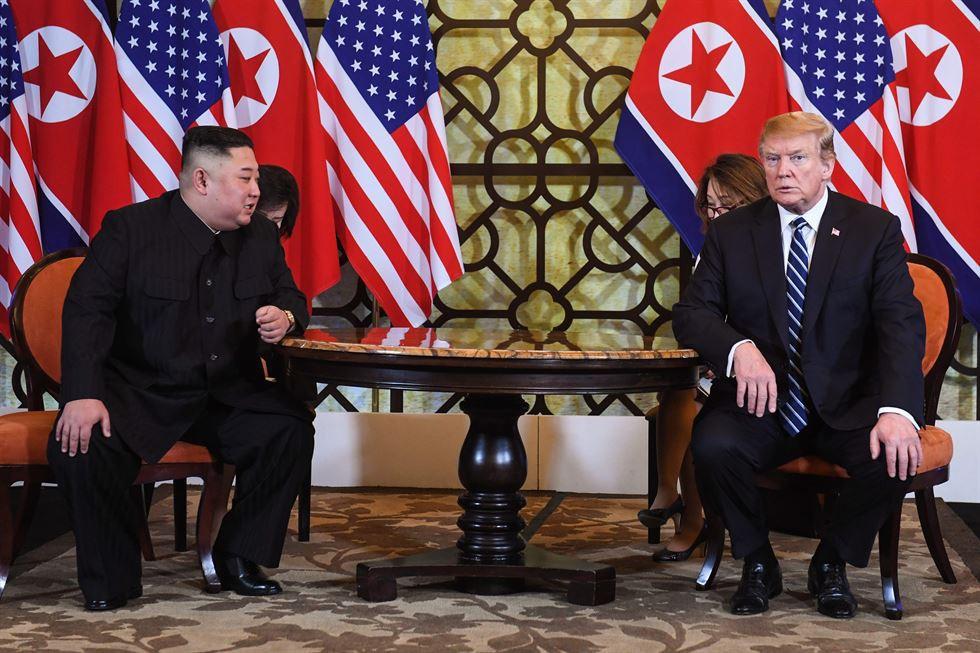 Được biết, đã không có thỏa thuận nào đạt được trong cuộc gặp thượng đỉnh lần 2 giữa Tổng thống Donald Trump và Chủ tịch Kim Jong-un tại Hà Nội.