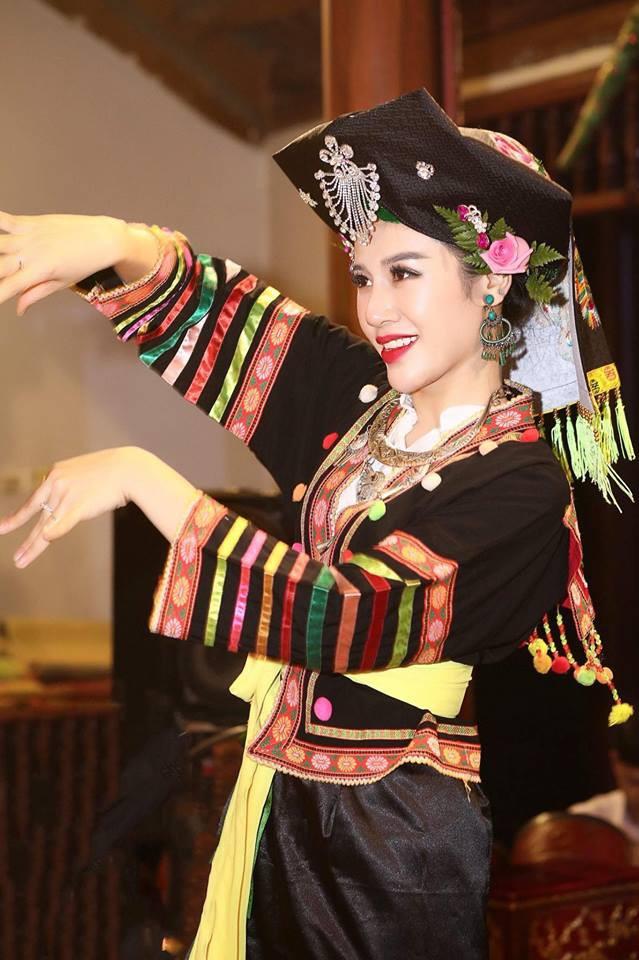 Minh Tâm là tân đồng được nhiều người chú ý nhờ ngoại hình xinh đẹp. Tuy nhiên trước đó, cô đã nổi tiếng với vai trò người mẫu, ca sỹ.