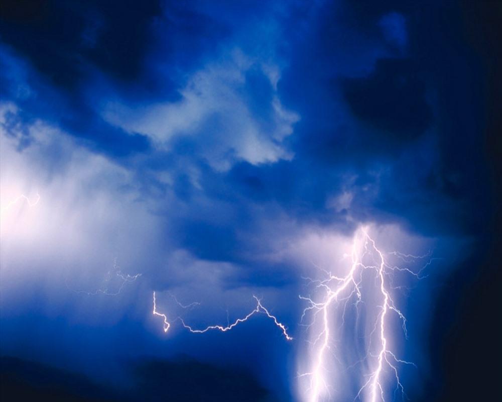 Dự báo ngày 15.4.2019, dông lốc, mưa đá có khả năng xảy ra  nhiều nơi. (Ảnh minh họa)