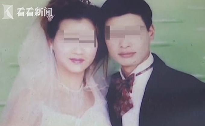 Luo và chồng trong ảnh cưới, khi cả hai còn mặn nồng. Ảnh: Kan Kan News.