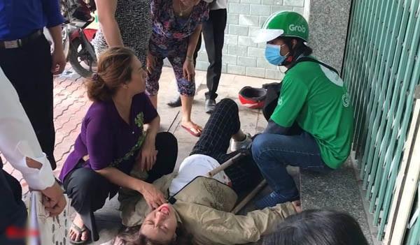 Hai nữ sinh gặp tai nạn vì trò đùa