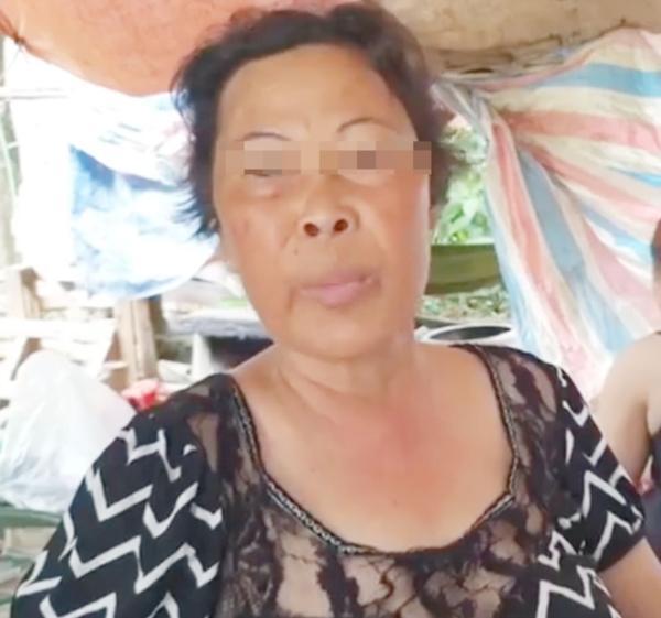 Người phụ nữ nói rằng, nếu tài xế xin xỏ tử tế thì rất có thể, bà sẽ trả lại số nước ngọt đã lấy.
