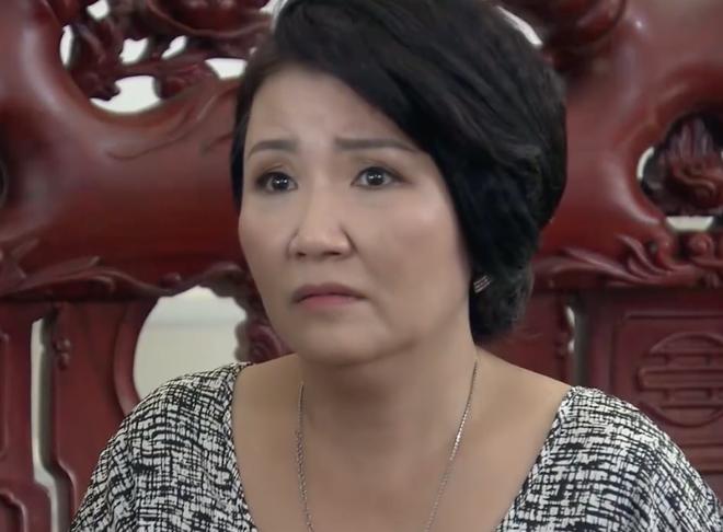 Hai vợ chồng ông Luật - bà Giang khuyên giải hết lời vẫn không có tác dụng.