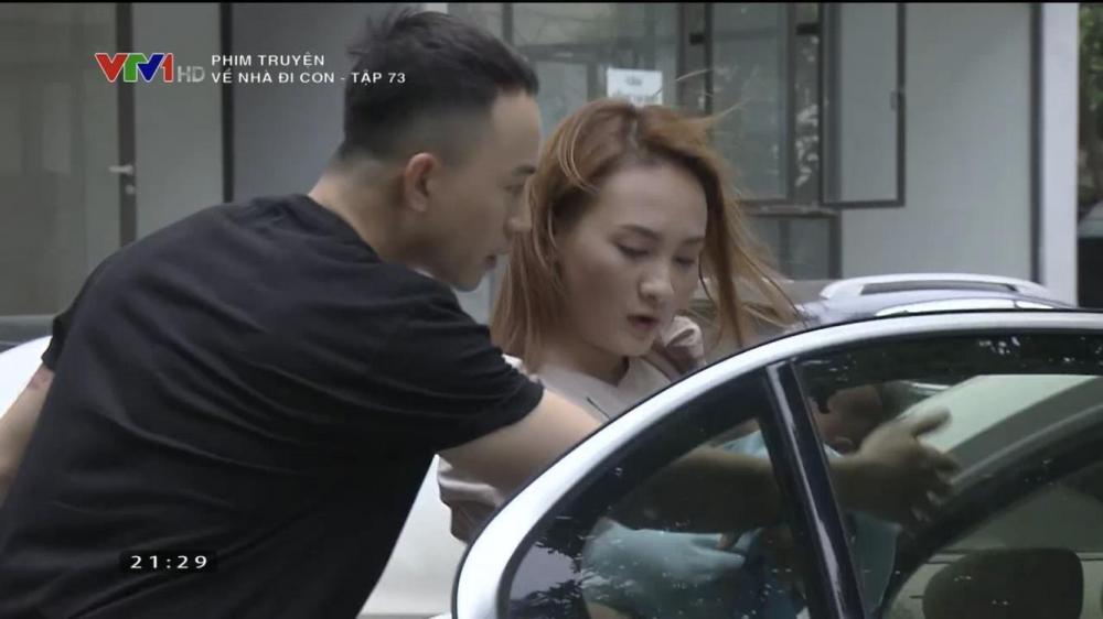 Ở cuối tập phim, khán giả được chứng kiến cảnh Vũ tiếp tục