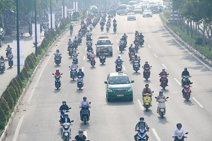 Từ ngày 15/10, xe gắn máy không được chạy quá 40km/h.