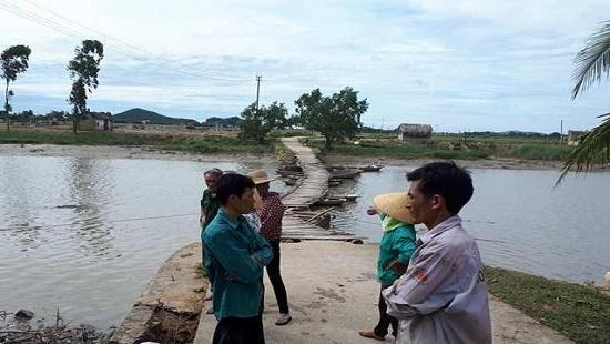 Cầu phao làng Cóc, nơi hai cha con bị đuối nước thương tâm