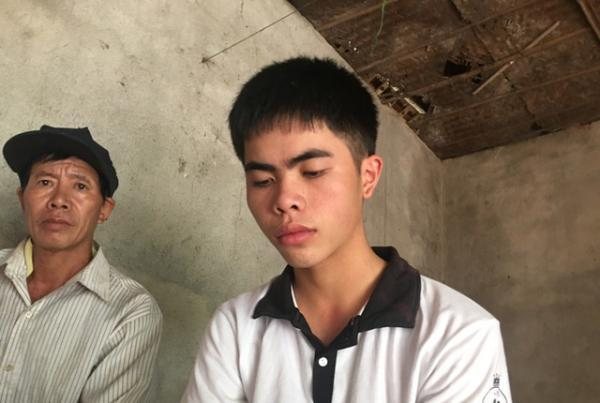 Dù hoàn cảnh khó khăn nhưng ngay từ nhỏ, Hiếu đã bộc lộ khả năng học tập rất tốt (Nguồn: Dantri.com.vn)