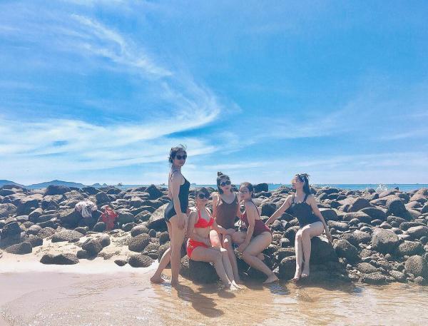 Hãy đến Bãi Đông để hâm nóng tình bạn của mình các bạn nhé! (Nguồn: duong1995)