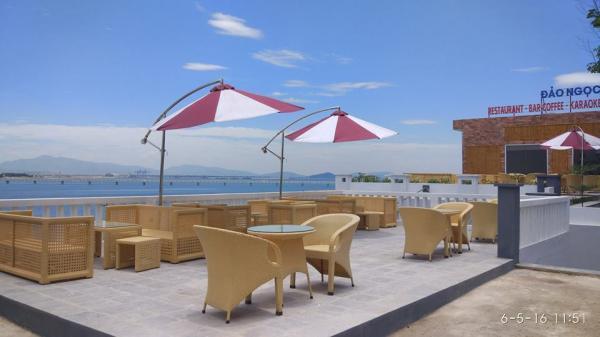 Đảo Ngọc Hotel có view hướng thẳng ra bãi biển với không gian thoáng đãng (Nguồn: we25)
