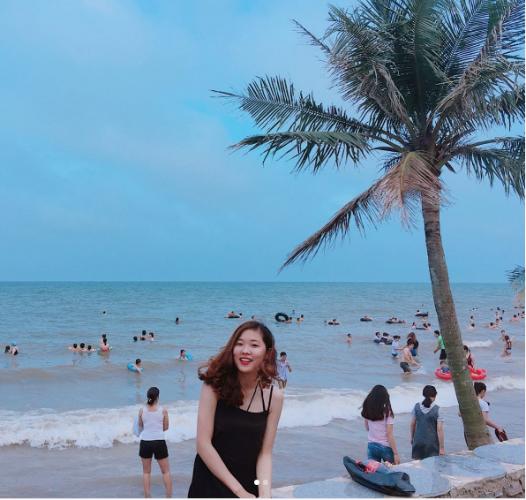 Hải Tiến là một trong những bãi biển đẹp của xứ Thanh. (Nguồn: @hanyyen)