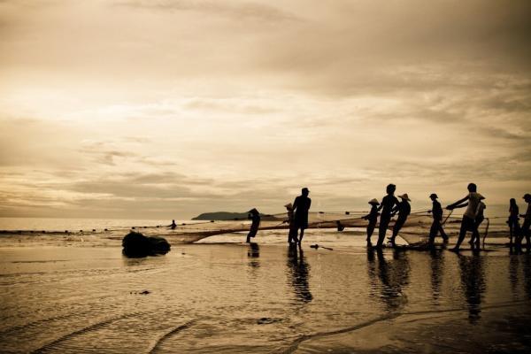 Một buổi sớm mai trên biển. (Nguồn: Arch. Sử Hà)